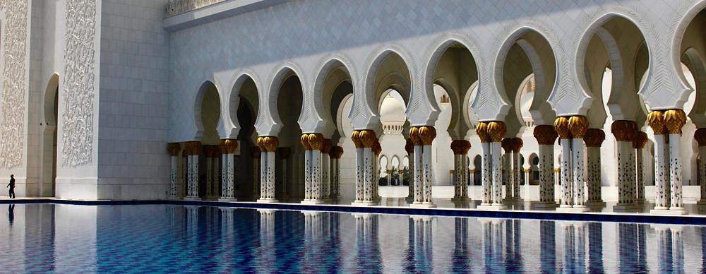 La mosquée au 85 dômes...
