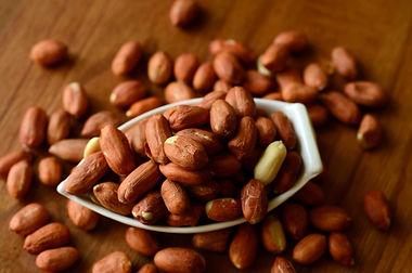 peanuts-5749132_1920.jpg