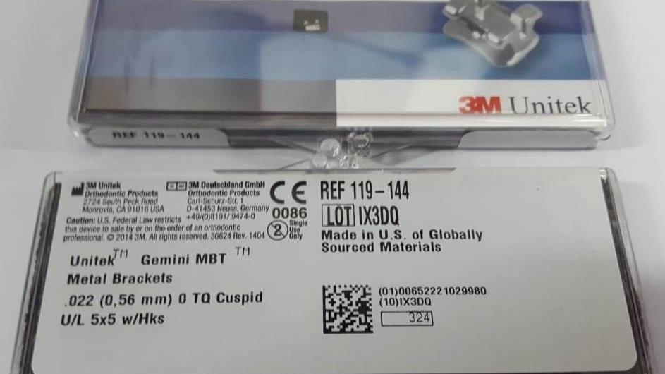 GEMINI ( MBT Unitek Gemini Twin Metal Brackets MBT U/L LT/RT 5x5 0T Cuspid W/HKs
