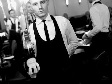 Bottle service: VIP-услуга для гостей