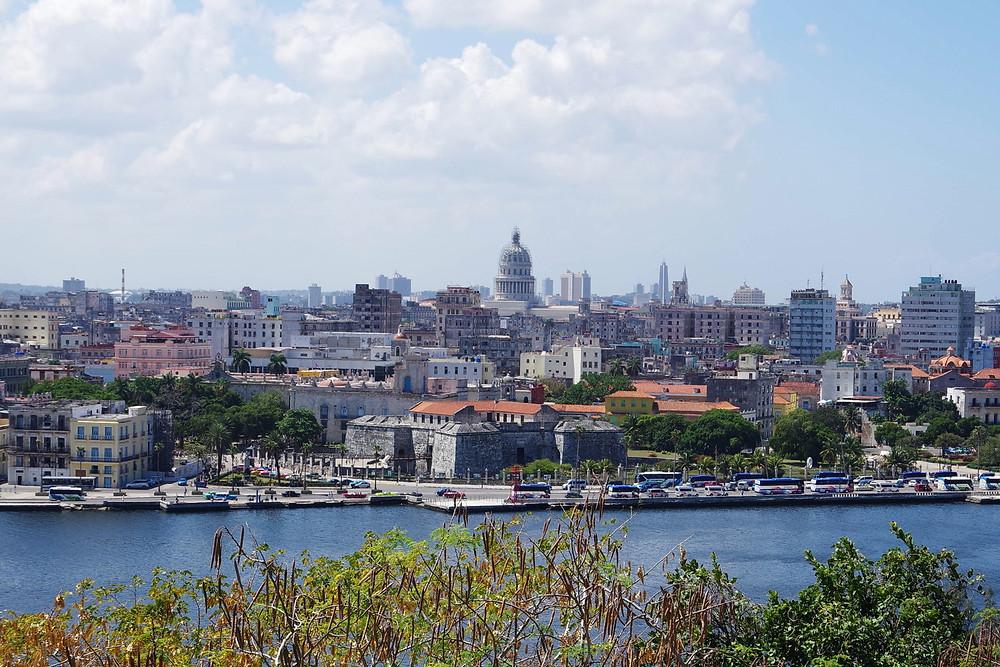 キューバ ハバナ 旧国会議事堂 ゲバラ 邸宅