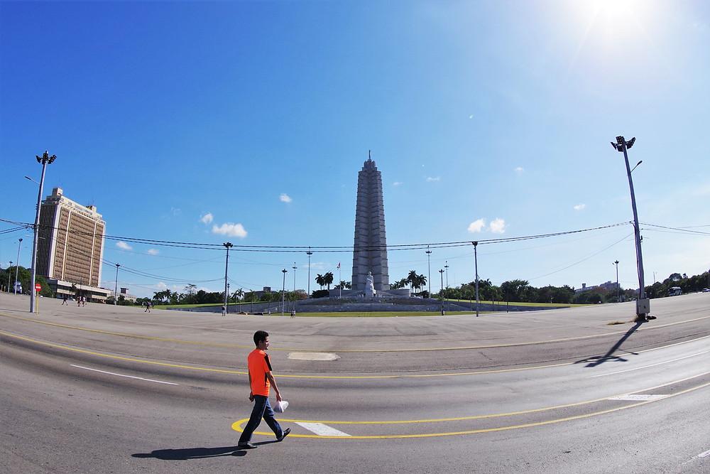 キューバ 革命記念広場 ホセ・マルティ
