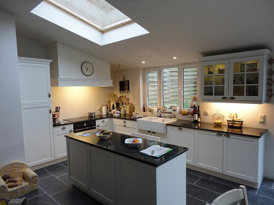 Cuisine cottage style anglais intemporel for Cuisine equipee belgique