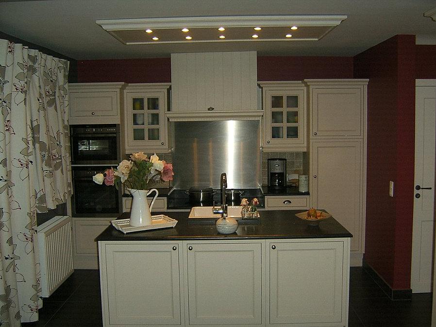 cuisine cottage style anglais intemporel. Black Bedroom Furniture Sets. Home Design Ideas