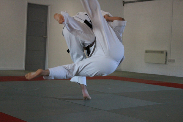 Judo classes for adults and children in Leeds