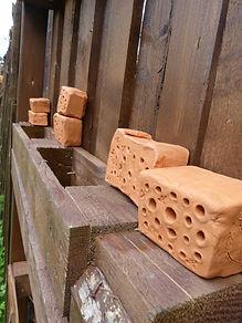 WildbienenHotel aus Ton DIY