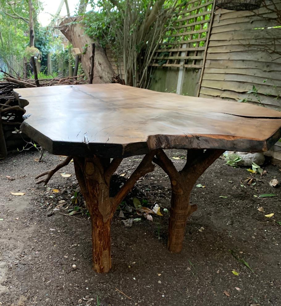 Oak Crown Dining Table