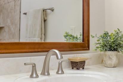 Master Bath(3).jpg