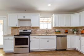 Kitchen(1).jpg