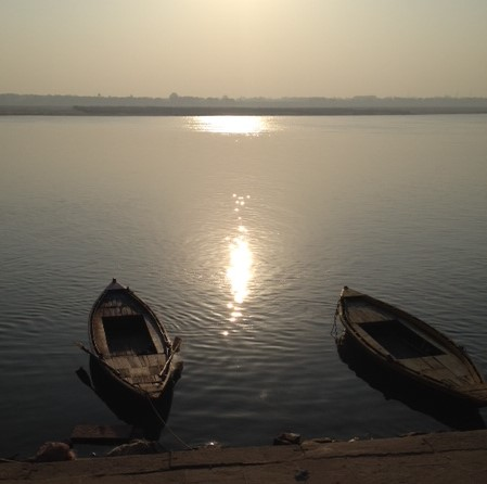Ganges_early_morning