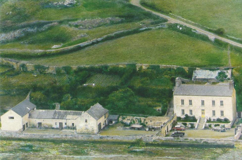 A vintage ariel photograph of Barrow Hou