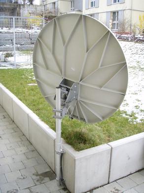 TV-Satelitenempfanganlage Bannwart Volketswil