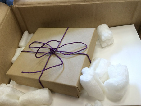 Customer Service: Natchie Art Turns a Cardboard Box Into A Lovely Experience