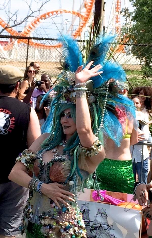 Dancing Shellfish Mermaid