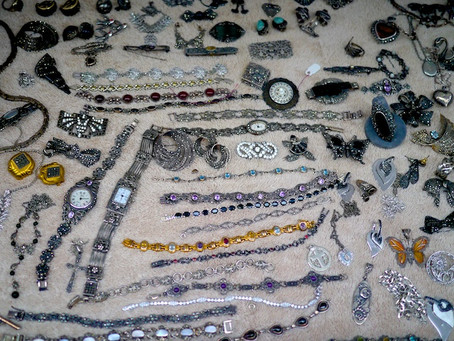 Weekend Market Picks October 17, 18, & 19, 2014: Vintage Jewelry at the Chelsea Flea