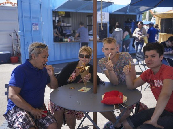 A family from Utrecht testing out American fries from Home Frites