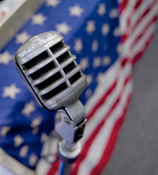 Microphone LIC Flea US Flag - 2014-06-15 at 16-24-39