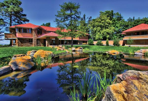Graycliff Estate: Wright on the Lake (Photo courtesy of the Graycliff Estate)