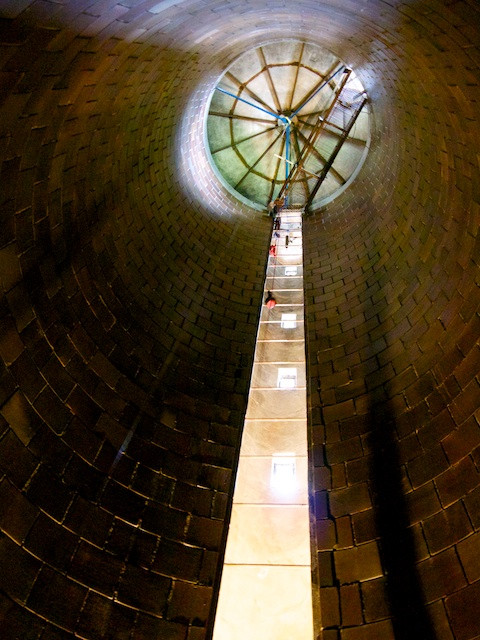 Looking up the Stone Barns Silo