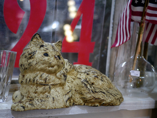 Vintage Kitty at Lucky Street Market in Carlsbad