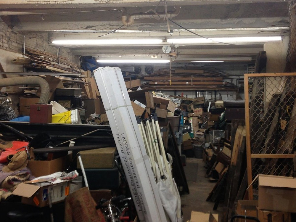 This was one of the storage units. Items are dusty, so be prepared to get your hands dirty!