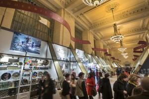Grand Central Holiday Fair in Vanderbilt Hall