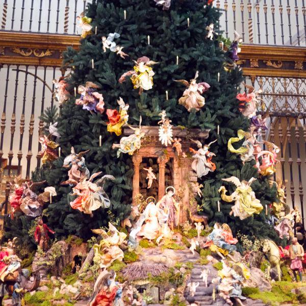 Metropolitan Museum Baroque Christmas Tree