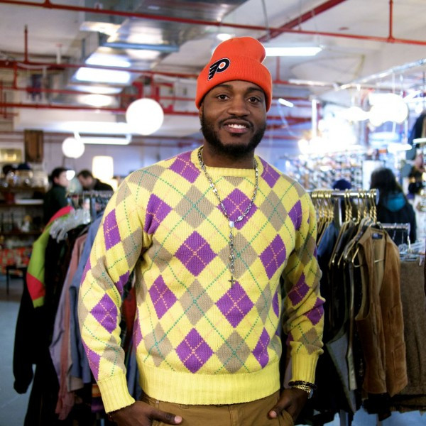 Not Everybody Can Pull Off A Sweater Like This
