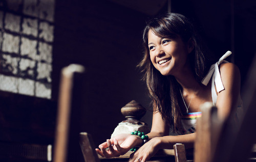Meet Liza de Guia, the amazing person behind the camera at Food. Curated (photo from FoodCurated.com)