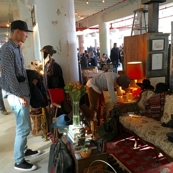 Shopping at the Elton Street Collection in the Brooklyn Flea_3508