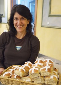 Amy Scherber, Founder of Amy's Bread, with Hot Cross Buns
