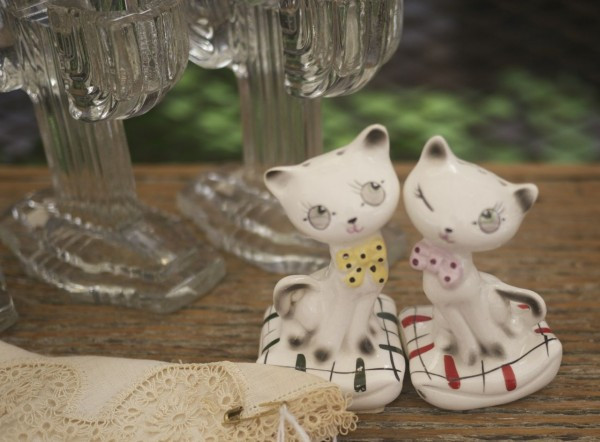 Kitty Cat Figurines