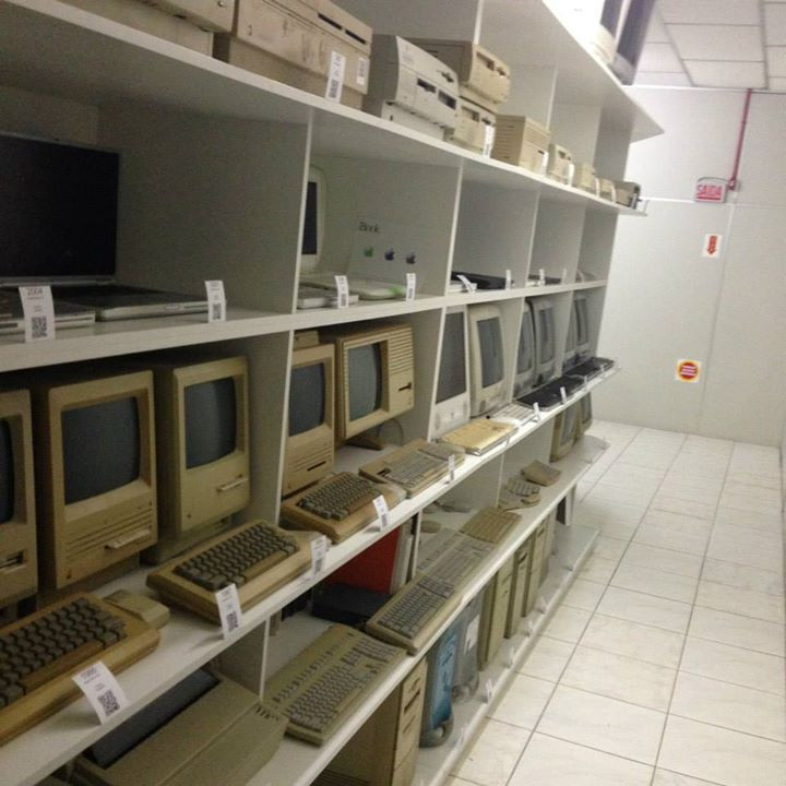 Recognize any of these computers? From the Museu Apple in Brazil