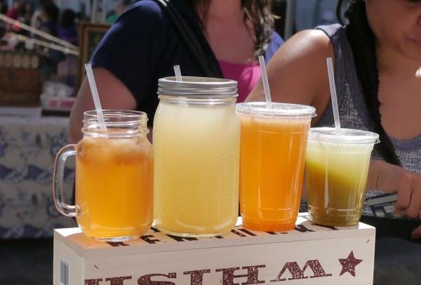Frittering Away Lemonades at the Astoria Flea