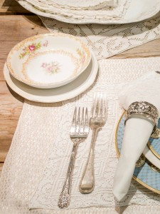 Layers of neutral linens ad wonderful texture to a place setting (photo by Ed Lefkowicz)
