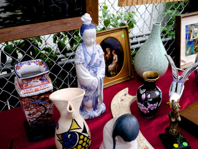 Antique Figurines and Porcelain Vases from the collection of Jose Manuel Cebalos