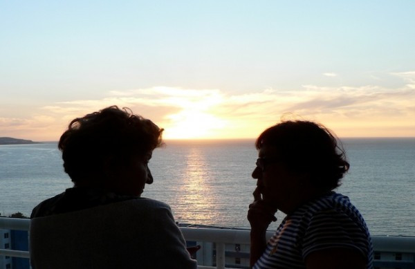 Mom and her cousin Edith chatting as the sunsets over the Pacific in Viña del Mar, Chile