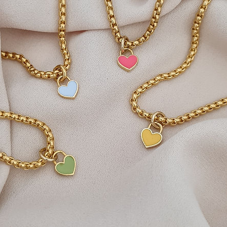 SMALL HEARTS CHARM NECKLACE