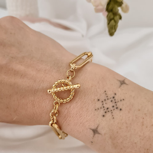 Toggle Chain Bracelet
