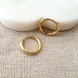 simple gold hoops