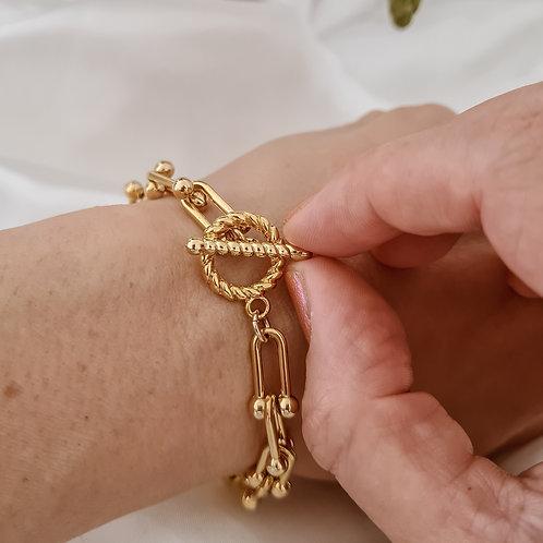 Twisted T Bar Ball Chain Bracelet