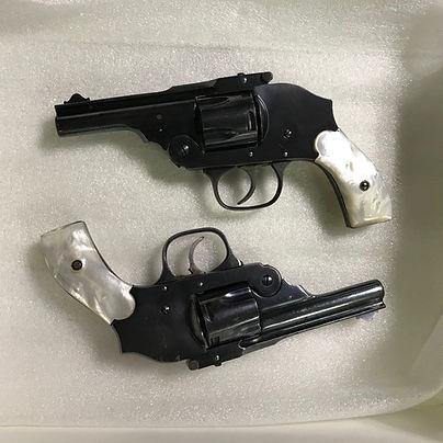 dueling_pistols.jpg