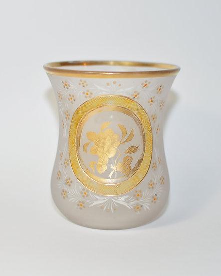 Старинный стеклянный стакан. 19 век