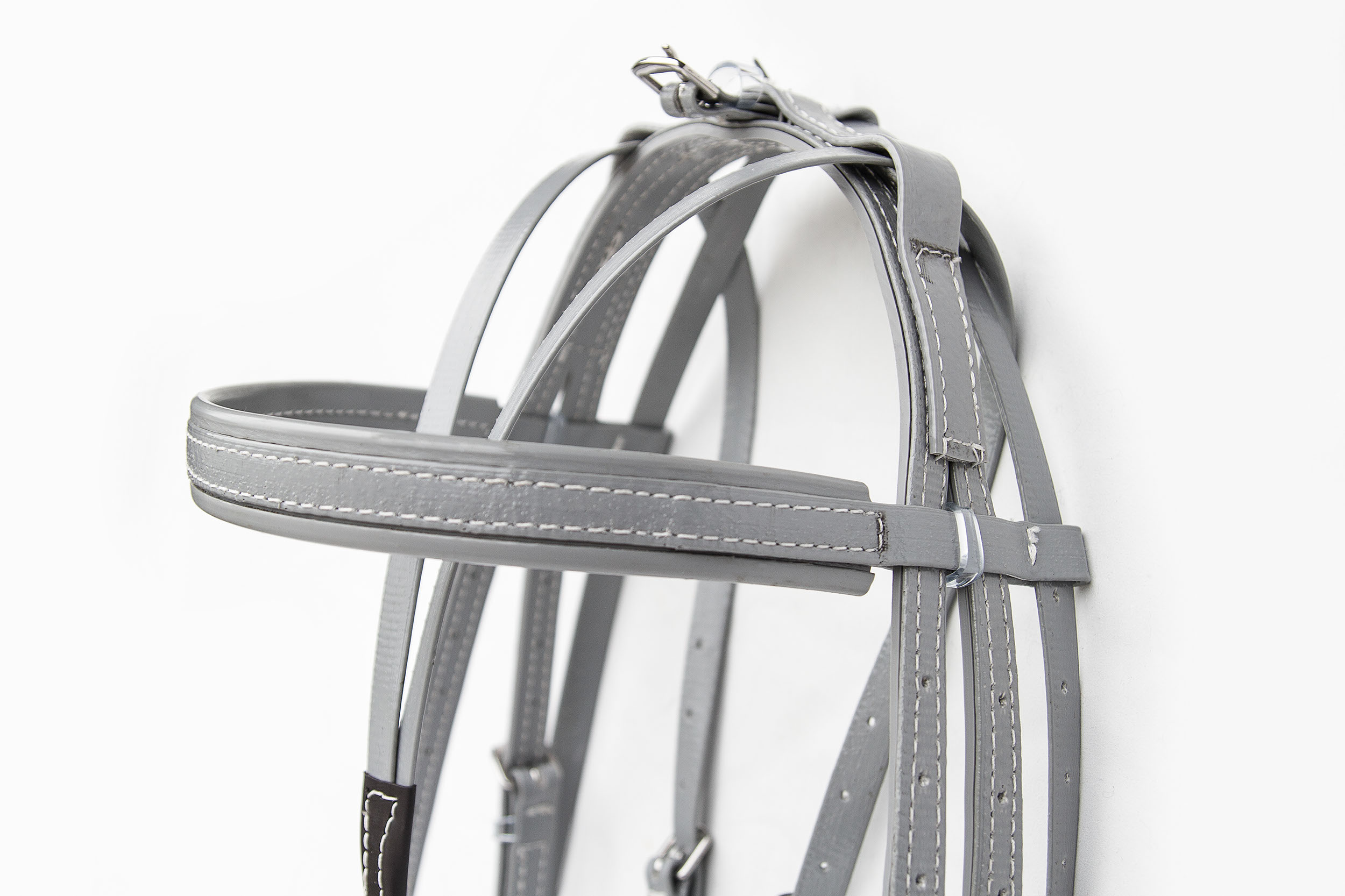 Harness-QH-Grey-Black-6.jpg
