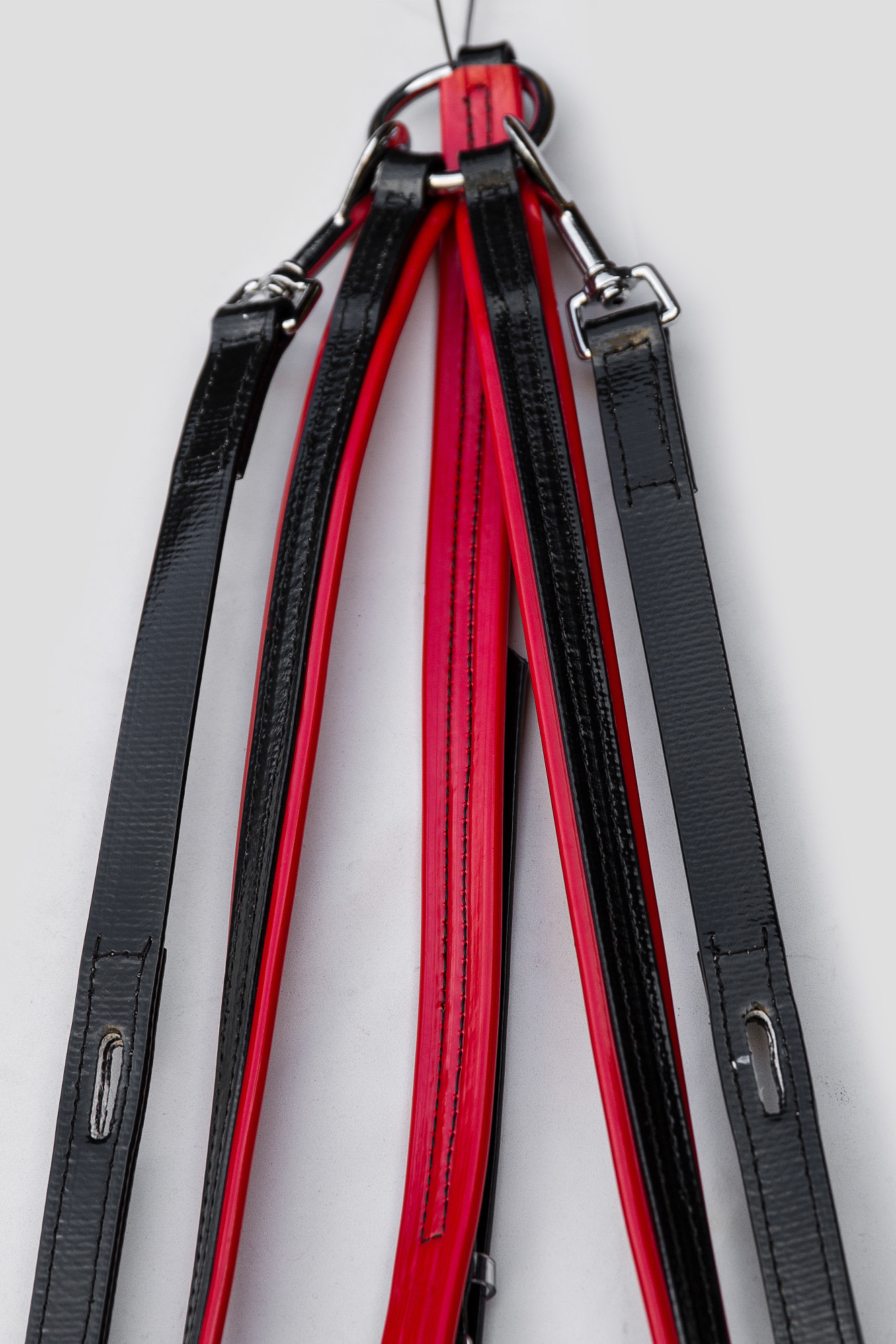 Buxton-BPlate-Black-Red-2.jpg
