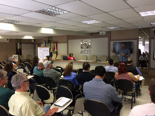 Imbituba participa de oficina da APA da Baleia-Franca