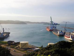 Vantagens competitivas do Porto de Imbituba são tema de reunião na FIESC