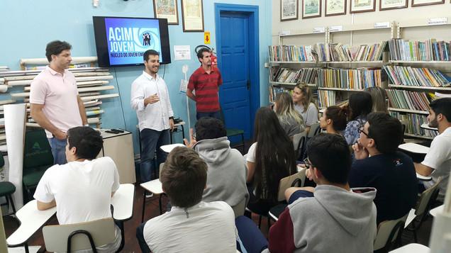 ACIM Jovem visita escolas na Semana Global do Empreendedorismo