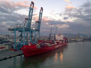 FACISC obtém liminar contra greve do auditores fiscais no Porto de Itajaí