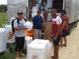 Empresa vencedora de licitação fornece materiaisde trabalho aos ambulantes da Praia do Rosa